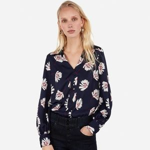 Express Palm Print Button Front Chelsea Popover